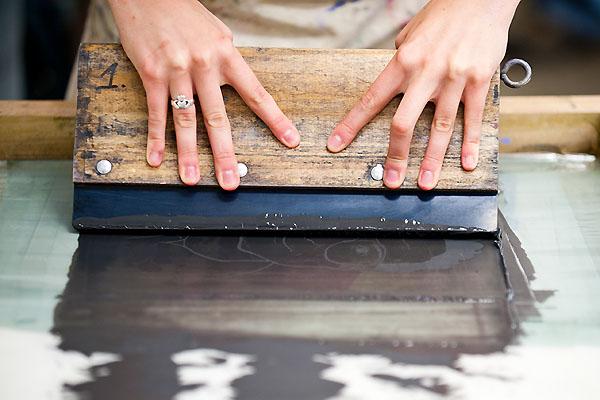 serigrafía sobre madera