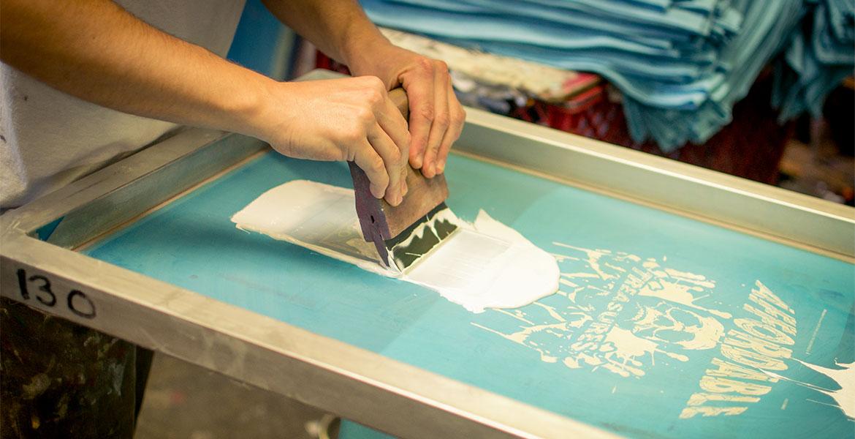 tejido absorbe el plastisol serigrafia
